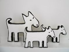 Polystyrene dogs made by me. Order one on my website: http://www.fijnekunst.nl/FijneKunstsite/piepschuim.html
