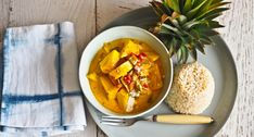 Going Troppo for Pineapple Curry! (Not Quite Nigella) Sri Lankan Curry, Pineapple Curry, Cooking Curry, Coconut Milk Curry, Asian Recipes, Ethnic Recipes, Indian Dishes, Nigella, Original Recipe