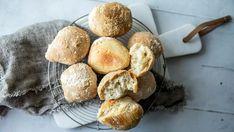 Eltefrie rundstykker 20 Min, Omelette, Bread Baking, Scones, Dips, Sandwiches, Berries, Muffin, Yummy Food
