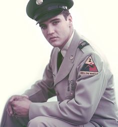 image of elvis with army hell on wheels patch   Hell on wheels