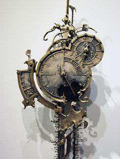 Steampunk clock. Fantastic.