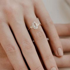 Top quality elegant wedding ring #elegantweddingring