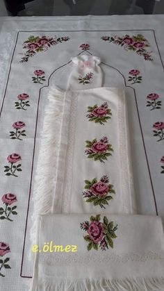 Cross Stitch Borders, Cross Stitch Patterns, Origami, Embroidery, Palestine, Cross Stitch Flowers, Embroidered Towels, Cross Stitch Embroidery, Ideas