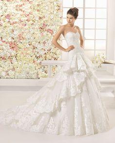 Vestido novia con volantes