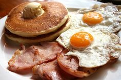 ideal everyday breakfast..ham eggs and pancakes yum