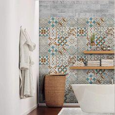 Papel pintado en el baño: te contamos cuál es mejor y cómo ponerlo Home Fix, Wall Decor Stickers, Clawfoot Bathtub, Decoration, Adhesive, Curtains, Simple, Diy, Gifts
