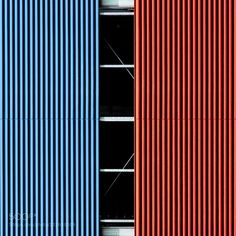 The Red Blue Contrast by Einsilbig