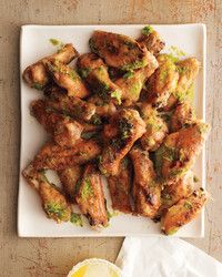 Just five ingredients combine to make these irresistible Asian-inspired wings. Pair them with our refreshing Sweet and Spicy Beer Punch. Oven Roasted Chicken Wings, Cooking Chicken Wings, Chicken Wing Recipes, Chicken Drumsticks, Fried Chicken, Football Food, Everyday Food, Appetizer Recipes, Hot Appetizers