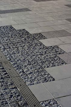 Paving Pattern Like this for the interface of the Travertine pool deck and the brick… Landscape Elements, Landscape Materials, Urban Landscape, Landscape Architecture, Landscape Design, Lego Architecture, Architecture Supplies, Architecture Colleges, University Architecture