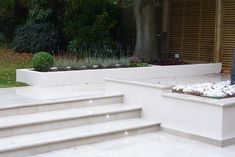 : Gardenplan Design & Avalon Landscapes used Beige Sawn Sandstone across the entirety of their garden design, featuring steps and copings alongside paving. The pale colouring compliments the planters beautifully. Backyard Walkway, Garden Stairs, Backyard Landscaping, Landscaping Ideas, Back Garden Design, Garden Landscape Design, Landscape Steps, Outdoor Steps, Patio Steps