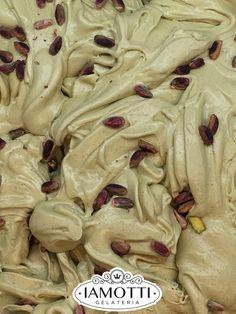 Il nostro gelato al Pistacchio Verde di Bronte DOP è realizzato anche nella variante vegana. I nostri gelati sono certificati ICEA Vegan e Bio ICEA Vegan: diciamo no a emulsionati, grassi idrogenati, OGM, coloranti sintetici, olio di palma e rosso cocciniglia. Per un gusto fresco e genuino!  #vegan #gelatovegan #veganicecream #dessert #food #dessertporn #foodporn #vegandessert #veganfood