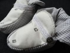 Für Babys - karierte Babyschühchen - ein Designerstück von kleinerSonnenstrahl bei DaWanda