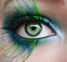 Makeup artist Tal Peleg posted these amazing eye makeup designs based on the two main characters in Disney's Frozen .