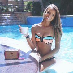 Your Tea Tiny Tea 14-Day Teatox ☕️ Get ready for summer with this amazing Teatox! Your tea is simply the best. Helps with energy levels, appetite and bloating! Let me know if you have any questions. In original sealed box. Your Tea Other