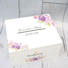 Białe pudełko ślubne na koperty i kartki od gości! Do kompletu można dokupić pudełko na obrączki :) Dostępne w sklepie internetowym Madame Allure! Wedding Shoes, Wedding Day, Flowers In Hair, Decoupage, Decorative Boxes, Diy, Mariage, Crates, Wedding
