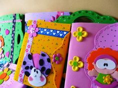 custom books for children Bible Cases, Diy And Crafts, Crafts For Kids, Pencil Toppers, Custom Book, Personalized Notebook, Decorate Notebook, Frame Crafts, Party Gifts