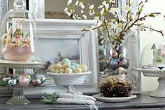 Shabby Sweet Cottage: Bunnies and Eggs