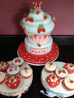 Strawberry Giant Cupcake Design