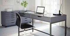Liked on Pinterest: Coin travail gris avec bureau et caissons à tiroirs ALEX et fauteuil VÅGBERG noir