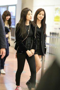 BLACKPINK Jennie & Jisoo at Gimpo Airport