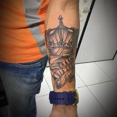 Forarm Tattoos, Top Tattoos, Name Tattoos, Wrist Tattoos, Tatoos, Diamond Tattoo Designs, Crown Tattoo Design, Diamond Tattoos, Nebula Tattoo