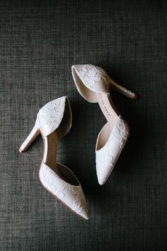 Custom bridal shoes delivered to you in 2 weeks or less. Photo by Gabriela Gandara Photography. #shoesofprey