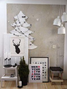 Black and white christmas decorations White Christmas, Noel Christmas, Modern Christmas, Scandinavian Christmas, Scandinavian Design, Christmas Crafts, Christmas Flatlay, Vienna Christmas, Minimal Christmas
