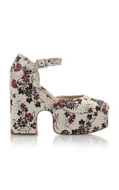 Gabardine Daisy Bouquet Pumps by Miu Miu Hot Shoes, Crazy Shoes, Wedge Shoes, Shoes Sandals, Flats, Miu Miu Shoes, Shoes 2014, Glitter Pumps, Platform Shoes