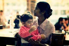 ¿Es mejor una niñera o un jardín maternal? - http://www.somosmamas.com.ar/bebes/es-mejor-una-ninera-o-un-jardin-maternal/ Muchos padres se preguntan cuál serála mejor opción para encargar el cuidado desu bebé cuando ellosretomen nuevamente sus obligaciones laborales.Algunos padres optan por buscar un servicio más personalizado al contratar una niñera que vaya a la casa y atienda al bebé en todas sus necesidade... Somos mamas
