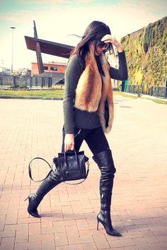 0458d0c5570 Kendall Jenner wearing Celine Nano Bag