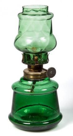 SWIRL OPTIC MINIATURE OIL LAMP : Lot 227                                                                                                                                                                                 More