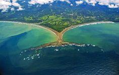 10 raisons de partir en vacances au Costa Rica | Découvertes Expedia https://decouvertes.expedia.fr/costa-rica/10-raisons-de-partir-en-vacances-au-costa-rica/?utm_campaign=crowdfire&utm_content=crowdfire&utm_medium=social&utm_source=pinterest #travelblog #voyage #aventure #travel