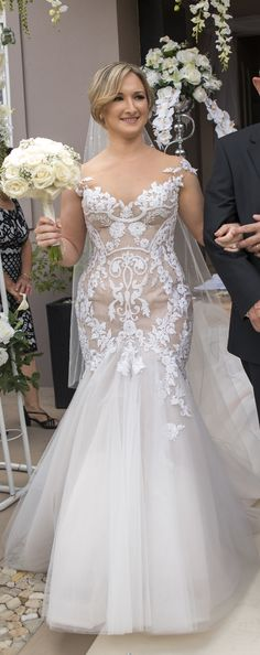 5ba53b18e6ce Steven Khalil Custom Made PreOwned Wedding Dress on Sale 47% Off Non White Wedding  Dresses