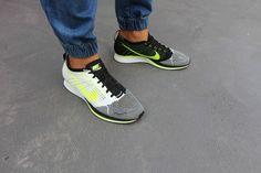 Nike Flyknit Racer, Sail/Black/Volt