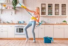 Ekologiset pesuaineet – katso ohjeet ja tee itse!   Meillä kotona Cleaning Fun, Deep Cleaning, Burn 100 Calories, Professional Cleaners, Organic Cleaning Products, House Cleaning Services, Sparkling Clean, How To Make Bed, Healthy Habits