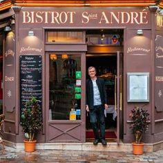 'Bistrot Saint André' - Bernard Hadid, At The Door Of His Genuinely Parisian Bistrot - Paris Shop House Plans, Shop Plans, Shop Facade, Paris Arrondissement, Belle Villa, Shop Front Design, Set Design, Shop Fronts, Toscana