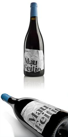 Mau Feitio Wine | Design: Alexandre Mendes