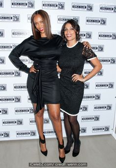 Rosario Dawson and Tyra Banks - Lower East Side Girls Club Gala See more pic. http://www.icelebz.com/events/rosario_dawson_and_tyra_banks_-_lower_east_side_girls_club_gala/