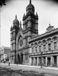 The Great Synagogue on Castlereagh St,Sydney in Australian Architecture, Art And Architecture, Aboriginal History, Place Of Worship, Historical Pictures, Sydney Australia, Old Photos, Barcelona Cathedral, Places