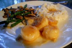 Squirrel Head Manor: Sea Scallops in Tangerine Sauce: Essentials in French Cooking Sea Scallops, Lemon Recipes, Fish And Seafood, Squirrel, Dinner, Traveling, Cooking, Breakfast, Essentials