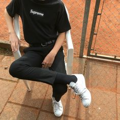"""personal inspo. shit i like. """"""""""""""""""""90s"""""""""""""""""""" skate shit. (cropped/cuffed pants, tucked in shirts, etc.) - Album on Imgur"""