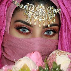 . Huda Beauty, Beauty Makeup, Sexy Makeup, Makeup Eyes, Yoga Hair, Arab Women, Stunning Eyes, Amazing Eyes, Amazing Makeup
