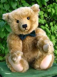 Henderson Bear by Steiff for Teddy Bears of Witney 1997
