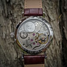 Toc Watch is the latest brand from Ireland, offering vintage styled watches and this is their latest Toc19 model. Available with different dials.
