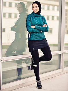 modest style Women's Running magazine featured Rahaf Khatib, a woman who runs wearing a hijab, on their October cover Hijab Sport, Sports Hijab, Muslim Fashion, Hijab Fashion, Fashion Outfits, Hijab Styles, Sport Style, Sport Fashion, Fitness Fashion