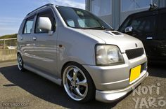 My mate wants to modified his Vauxhall Agila for a laugh, can you give him some inspiration as i& struggling to find ones that are modified (cos it& such a sick car people are scared to mod it) Suzuki Wagon R, Kei Car, City Car, Kustom, Jdm, Cars And Motorcycles, Bike, Specs, Retro