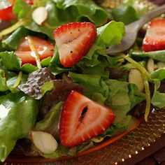 Strawberry Spinach Salad | Recipes | Metabolic Research Center