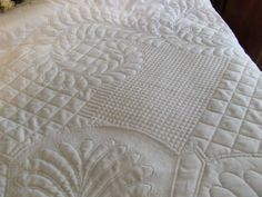 Fantastic whole cloth hand quilting from Tim Latimer – Quilts etc I realize this is hand done but could easily be done with but machine. That's some tiny crosshatching! Love the look as a background fill Longarm Quilting, Free Motion Quilting, Quilting Stencils, Machine Quilting Designs, Quilting Ideas, Charm Pack Quilts, Whole Cloth Quilts, Crochet Quilt, Custom Quilts