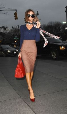 Fashion Inspiration Street Style    Classic Look Pencil Skirts are on Trend for Fall 2013 ¸.•`♥¸.•`♥the pop of Colour with the top and Heels
