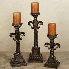 Tyyliin sopivat kynttilänjalat avohyllylle
